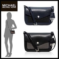 【最安値保証&関税込】Michael Kors☆Greenwich Small Crossbody