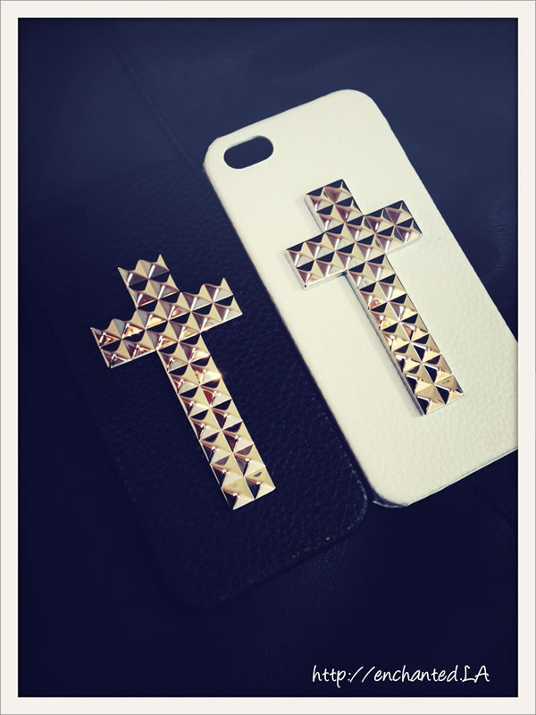 【enchanted.LA】CROSS STUDDED COVER iPhone スタッズケース!