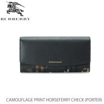 【BURBERRY】PORTER Camouflage Print HorseferryCheck