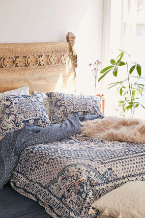 ♢urban outfitters♢Kasbah Worn Carpet Duvet Cover