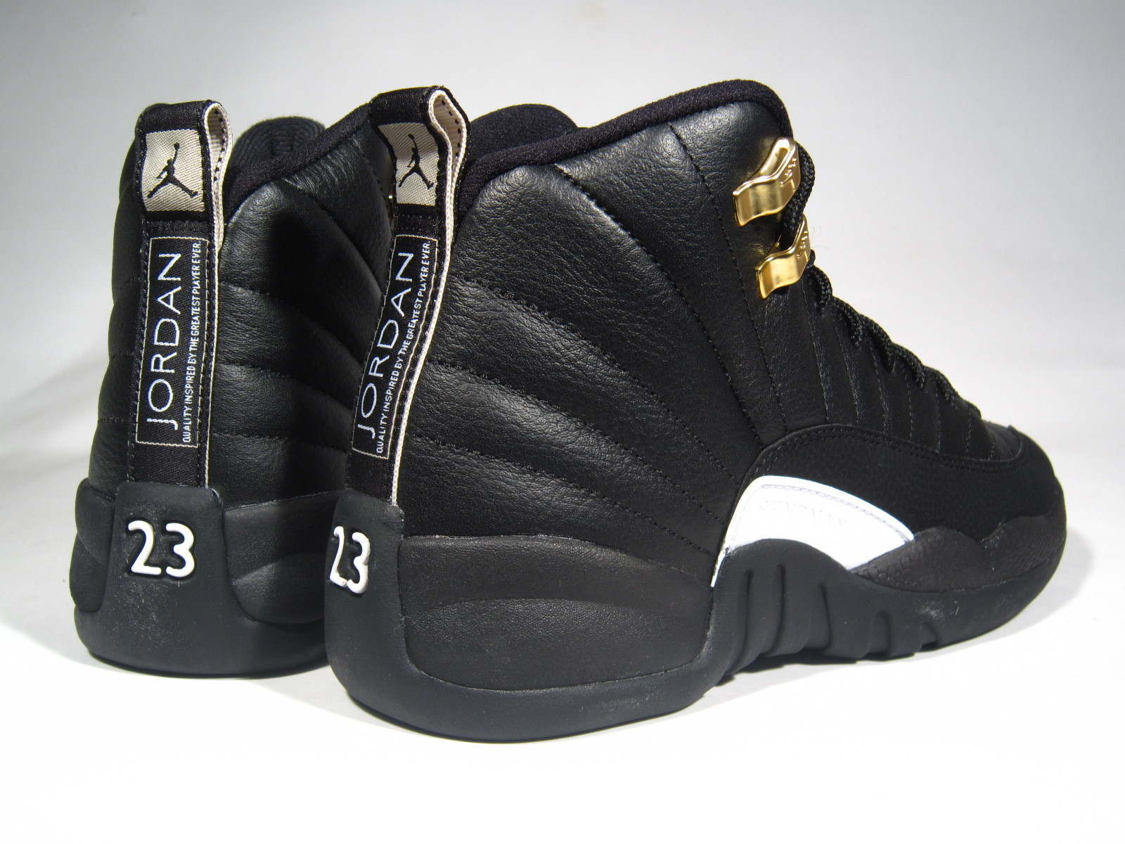 SS16 AIR JORDAN RETRO 12 GS THE MASTER 22.5-25cm 黒 送料無料