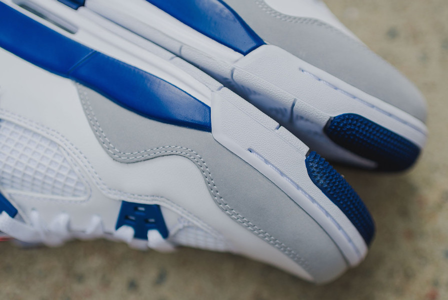 "★WMNS★[NIKE]AIR JORDAN 4 GS ""Deep Royal Blue""【送料込】"