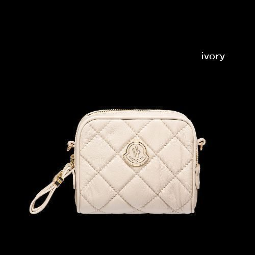 【残りわずか】Moncler Ladies' LUISA  MLBN0021