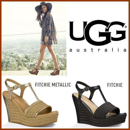 Materials with comfortable modern wedge Sandals UGG FITCHIE