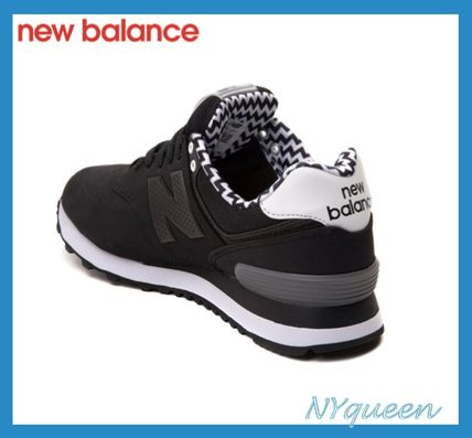 New Balance 574 Chevron black