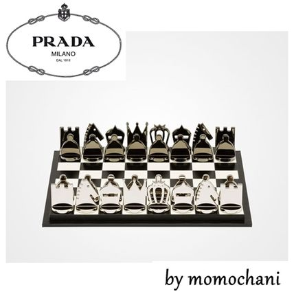 Stock PRADA chess set 15-16 SS 2SG077