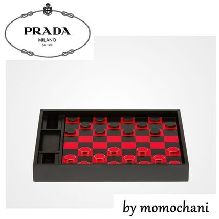 Stock PRADA Checker set 15-16 SS 2SG078