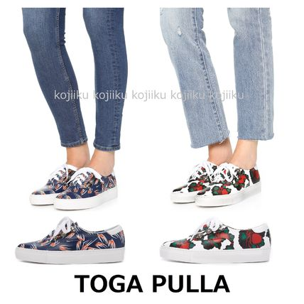 ♦ ♦ TOGA ♦ leather lace-up sneakers