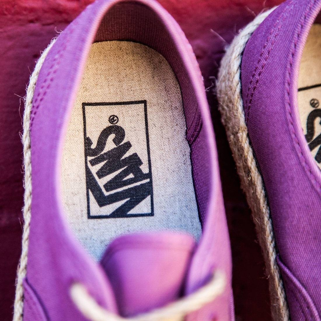 【送料無料】VANS WOMEN AUTHENTIC ESPADRILLE - CANVAS