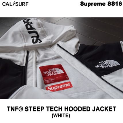 Supreme パーカー・フーディ Mサイズ!Supreme (シュプリーム) x TNF STEEP TECH SWEATSHIRT(3)
