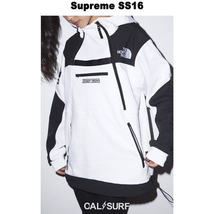Supreme パーカー・フーディ Mサイズ!Supreme (シュプリーム) x TNF STEEP TECH SWEATSHIRT(8)
