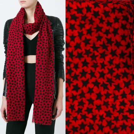 16SS WSL806 STAR PRINTED SIGNATURE SCARF