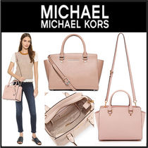 【人気】 Michael Kors 2Way Selma Saffiano Medium Satchen Bag