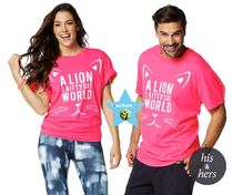 ユニセックス【ZUMBA】Lion in a Kitty Cat World Tee Z3T00053