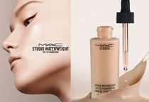 MAC Studio Waterweight Foundation SPF30
