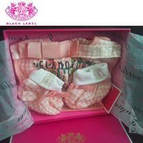 JUICY COUTURE(ジューシークチュール) ベビーその他 超レア* JUICY COUTURE ☆ギフトBOX入り☆誕生お祝い3点セット