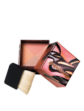 Benefit Sugarbomb 4-in-1 チーク&フェイスパウダー 送料無料