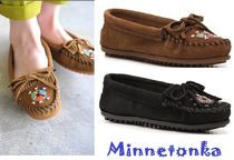 Minnetonka Me to We Moccasin