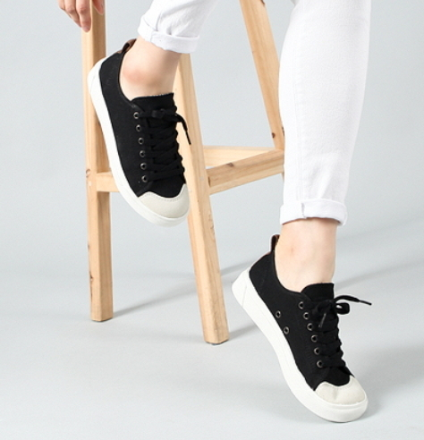 Daily Shoes 6首女性スニーカー