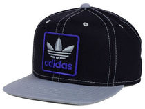 【送料無料】 adidas Originals Thrasher 2 Snapback キャップ