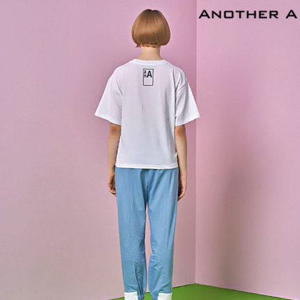【ANOTHER A】韓国人気★シンプル!ロゴ入りTシャツ WHT/追跡付