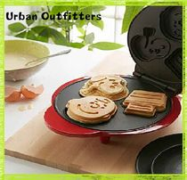 Urban Outfitters(アーバンアウトフィッターズ) 調理器具 国発☆Urban Outfitters取扱☆スヌーピーワッフルメーカー