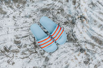 【送料無料】 Adidas Adilette (Blue/Orange/Black)