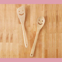 Urban Outfitters(アーバンアウトフィッターズ) 調理器具 【Urban Outfitters】バンブーサービングセットBamboo Smile