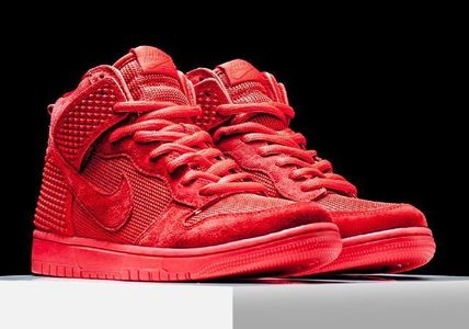 "NIKE★ダンク(DUNK CMFT PRM ""RED OCTOBER"") YEEZY RED"
