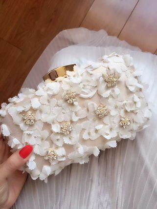 Floral lace clutch bag chain with wedding party
