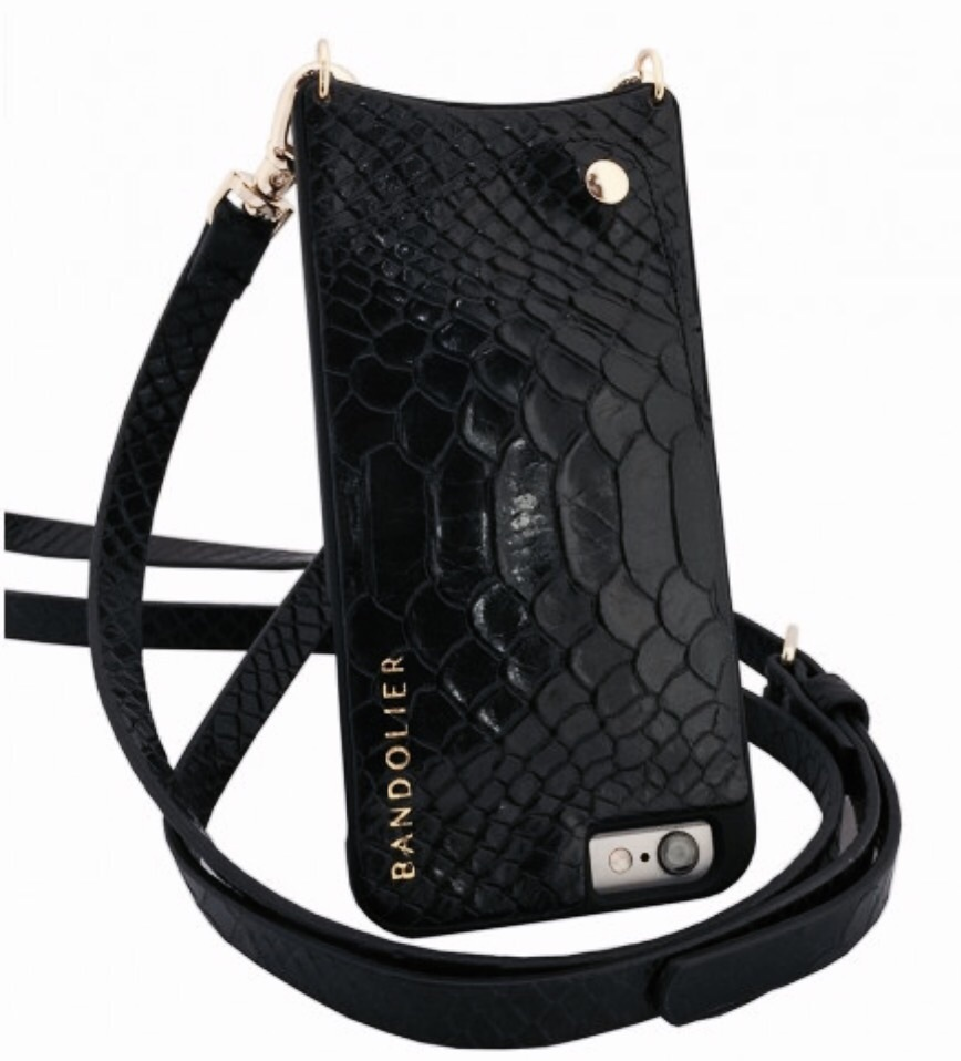 人気急上昇!!Bandolier JULIA Black Python iPhone 6/6Sケース