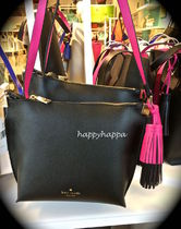 【kate spade】7月新作☆pepperタッセル付ポシェットblack