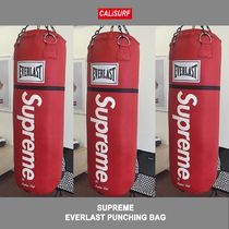 SUPREME x EVERLAST PUNCHING BAG