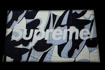 新作!SUPREME (シュプリーム) ABSTRACT BEACH TOWEL BLACK