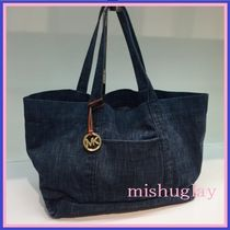 【MICHAEL KORS】限定品★Extra-Large Denim Tote★日本未入荷