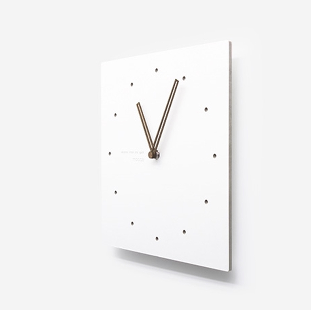 mooqs  Simple Silent/No Ticking Wall Clock  square type 2