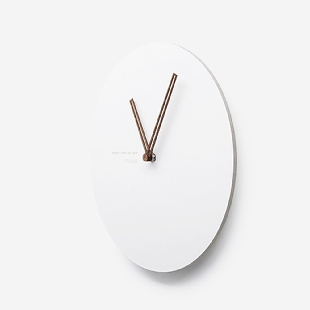 mooqs  Simple Silent/No Ticking Wall Clock  circle type 1