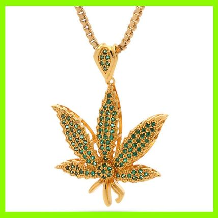 18K Gold Green CZ Weed Leaf Necklace