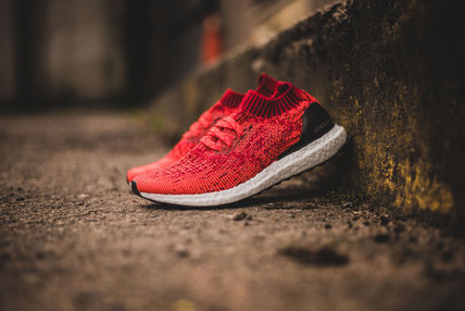 Adidas Ultra Boost Uncaged M Solar Red / White EMS対応