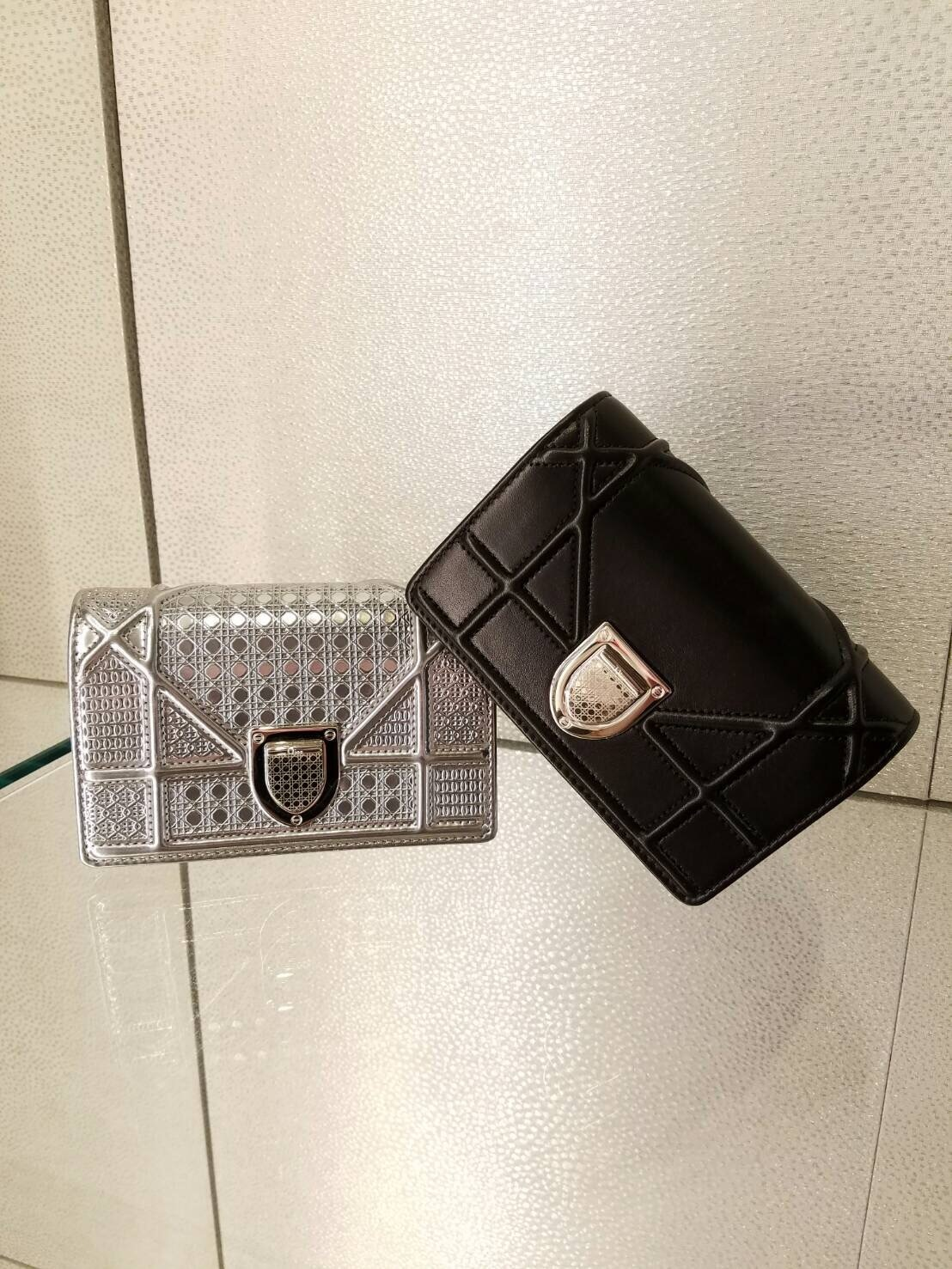 新色入荷★無性に欲しい★DIOR★BABY DIORAMA SHOULDER in blk
