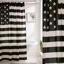 【Urban Outfitters】US限定★シャワーカーテンAmerican Flag