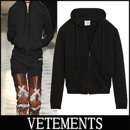 "16-17AW 新作 ""VETEMENTS"" embroidered ジップパーカー"