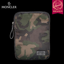 TOPセラー賞!16/17秋冬┃MONCLER★MINI TABLET CASE┃グリーン