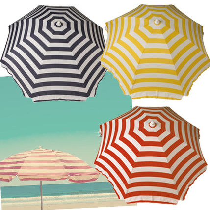 WET LA from light-weight striped parasol /