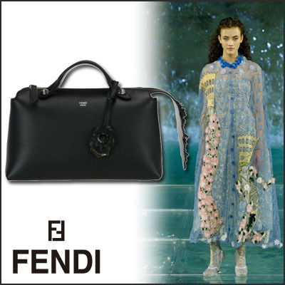 FENDI(フェンディ)BY THE WAY SMALL BAULETTO BAG
