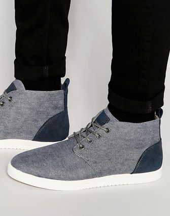 New Look Canvas Chukka Boots in Mid Blue