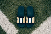 【送料無料】 NIKE BENASSI NFL SAINTS SOLARSOFT - TEAM GOLD