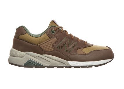 New Balance MRT580 Sneakers Brown