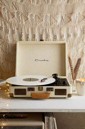 "SALE ""urbanoutfitters""Cruiser Portable Vinyl Record Player"