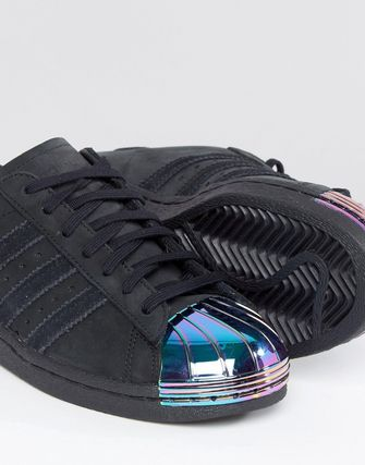 adidas Superstar Trainers With Holographic Metal Toe Cap